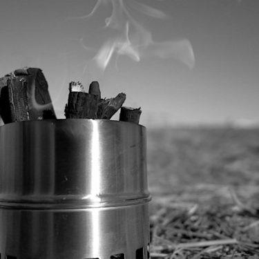 Motomoのウッドストーブは二次燃焼でガンガン燃える病みつきなアイテム