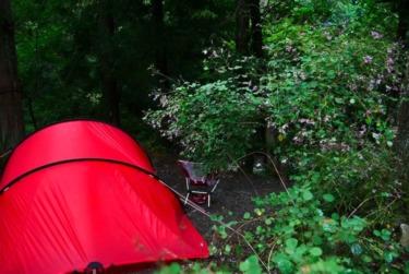 ソロキャンプの醍醐味は自由気ままな道具選び